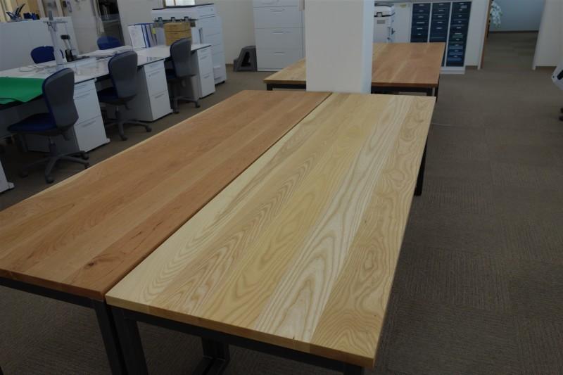 オフィス家具 木のテーブル_e0156341_07412785.jpg