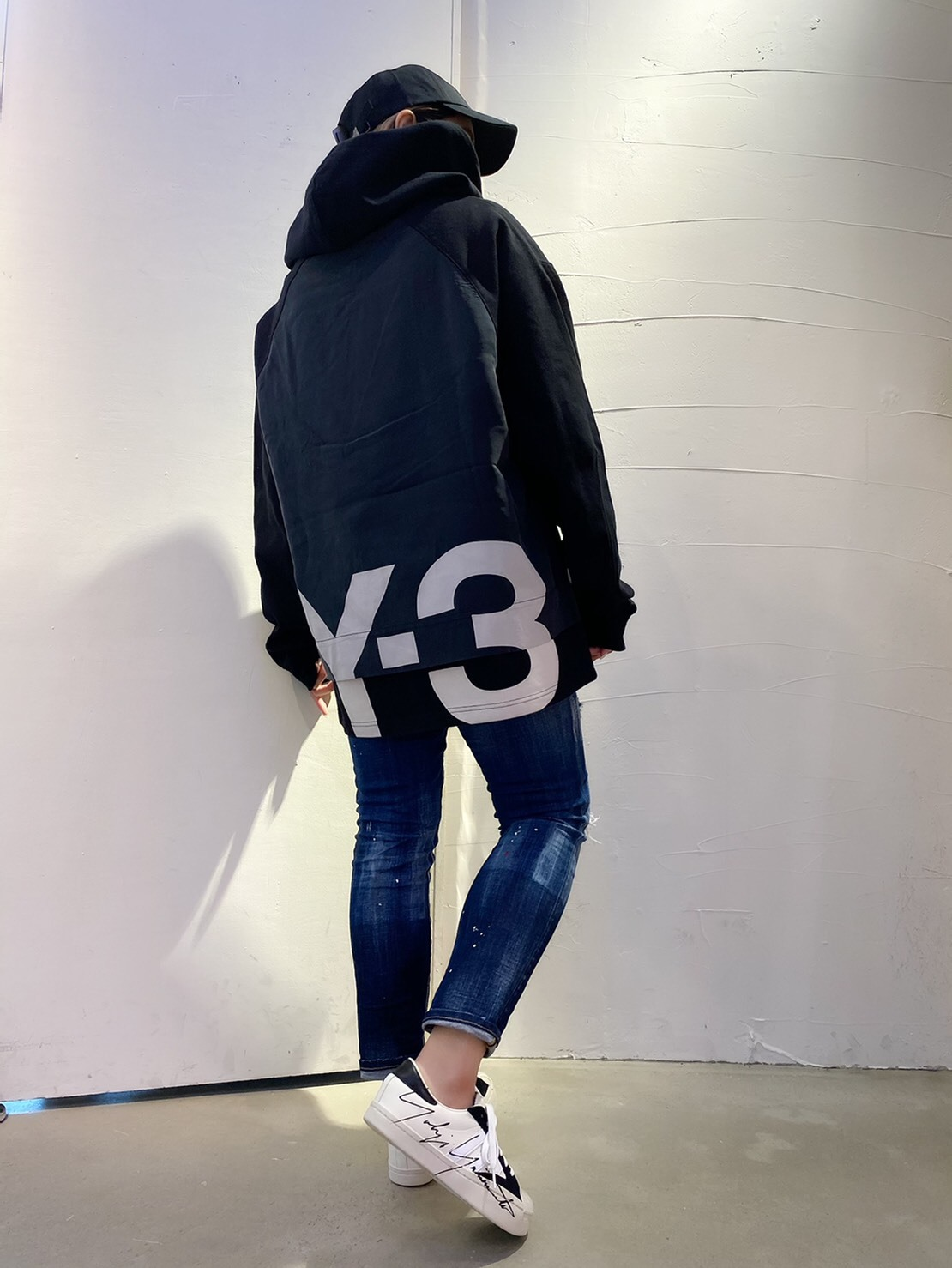 「Y-3 ワイスリー」新作パーカー【M SD RWTRY GFXHOOD_LG】入荷です。_c0204280_18201389.jpg