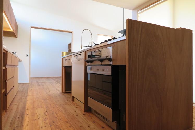 なぜミーレ食器洗い機が圧倒的な支持を得ているのか?★造作キッチン事例_c0156359_09595205.jpg