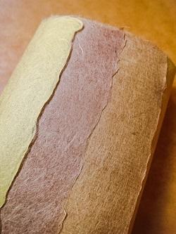 珠むしさんの手漉き和紙2種が新入荷しました!!!_b0225561_16231502.jpg