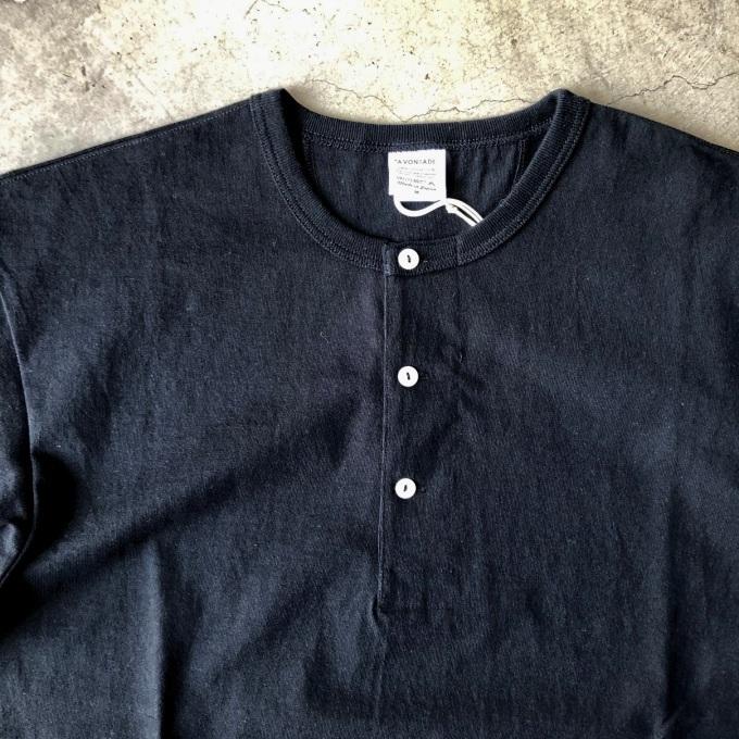 A VONTADE アボンタージ 7.5oz チューブヘンリーネック Tシャツ_d0334060_17400969.jpeg