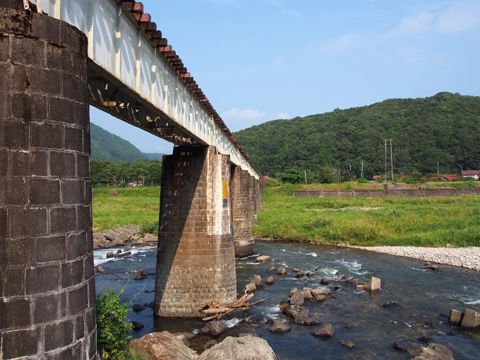 山口線吉賀川橋梁_f0116479_10304532.jpg
