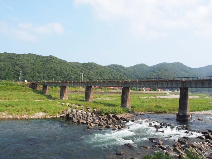 山口線吉賀川橋梁_f0116479_10322597.jpg