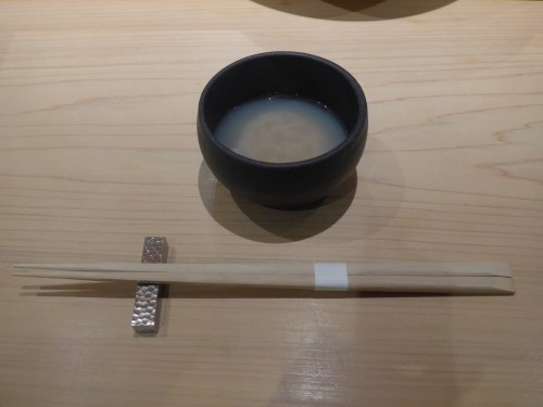 渋谷「熟成鮨 万」へ行く。_f0232060_20365527.jpg