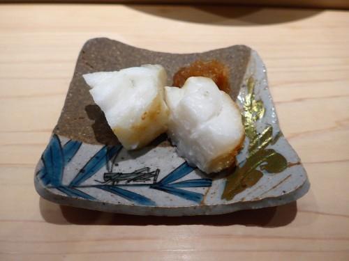 渋谷「熟成鮨 万」へ行く。_f0232060_20394735.jpg