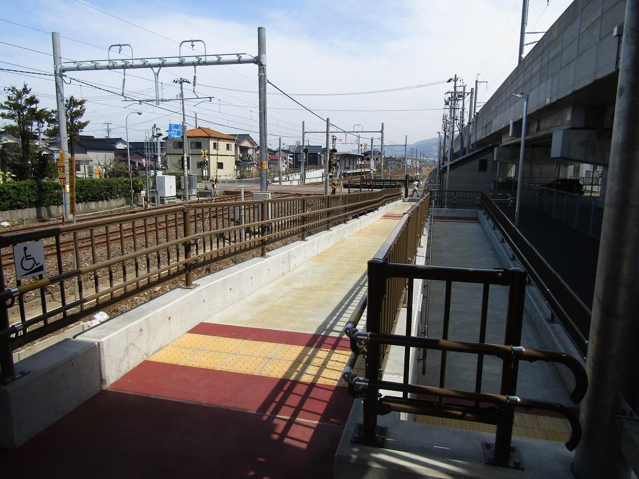 新駅開業!攻める3セク、7年目のトキ鉄。_f0281398_21391427.jpg