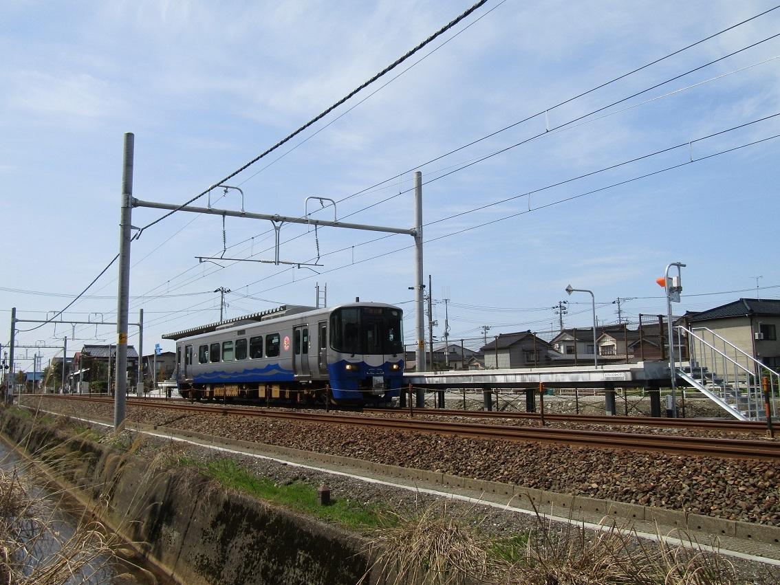 新駅開業!攻める3セク、7年目のトキ鉄。_f0281398_21412963.jpg