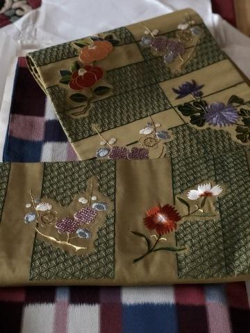伝えて行きたい日本伝統の美《美知子お義母さんの日本刺繍》_a0157409_07171845.jpeg