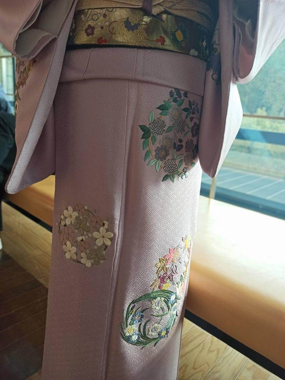 伝えて行きたい日本伝統の美《美知子お義母さんの日本刺繍》_a0157409_07232581.jpeg