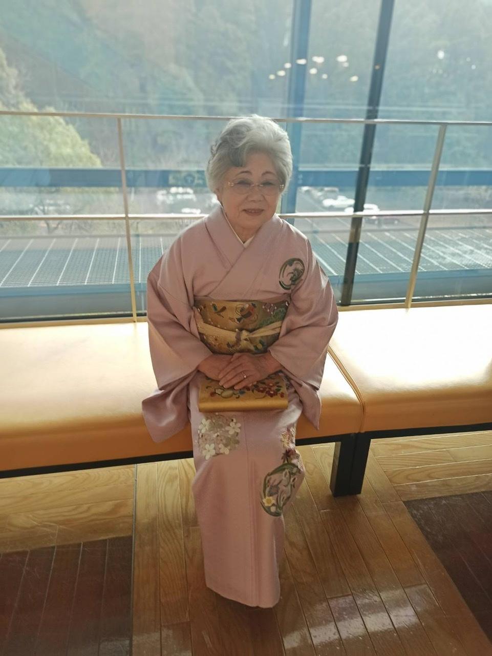 伝えて行きたい日本伝統の美《美知子お義母さんの日本刺繍》_a0157409_07240342.jpeg