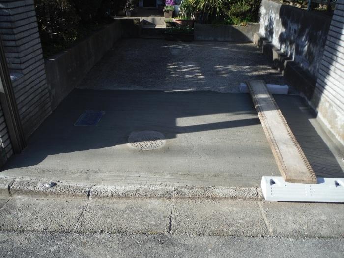 駐車場の補修工事 ~ 工事終了です。_d0165368_05575154.jpg