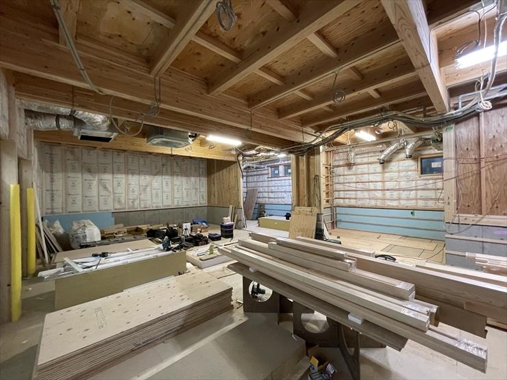 木の教会へ木材直送_f0207410_15503340.jpg