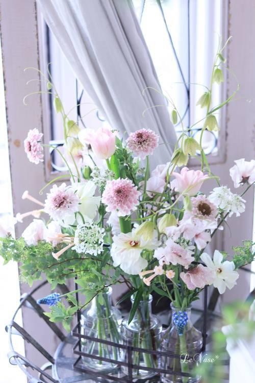 3月Living flower 『Pastel color flower bottle arrangement』_e0158653_09420092.jpg