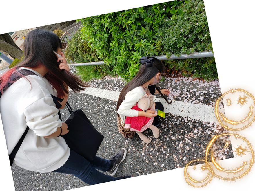 卒業生ちゃん、現役ちゃん、お姉ちゃん達の桜…_d0224894_08293819.jpg