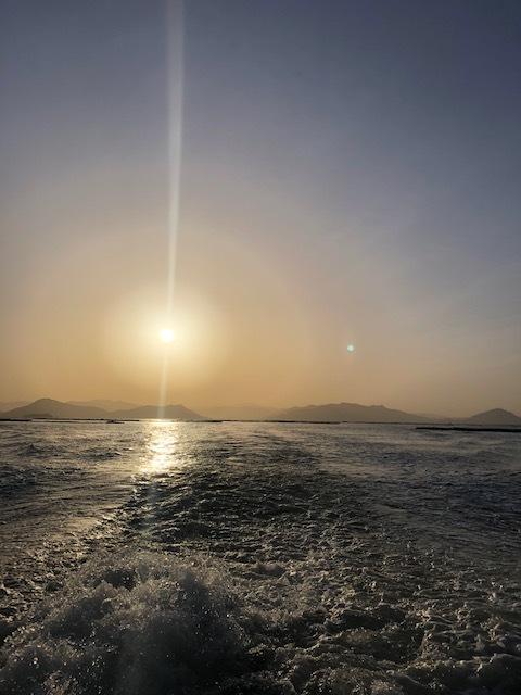 朝陽の中で♡_e0128011_13265465.jpg