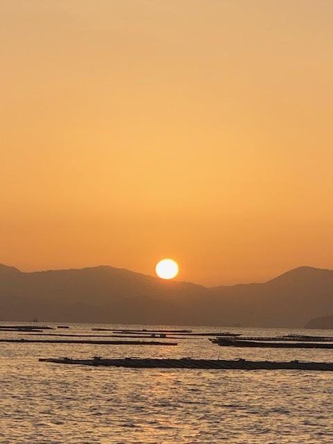 朝陽の中で♡_e0128011_13265473.jpg