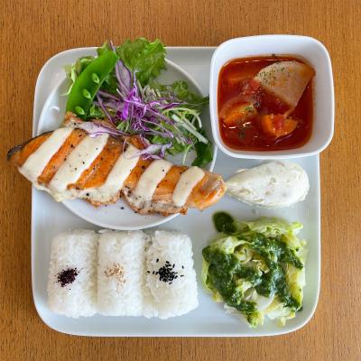鮭のチーズ焼き_b0102217_16405397.jpg
