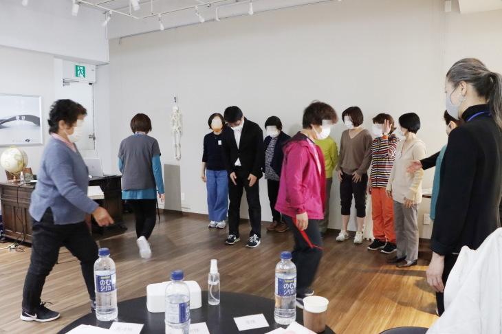 健康セミナー 『膝痛と歩き方の関係について』_a0322418_00082464.jpeg
