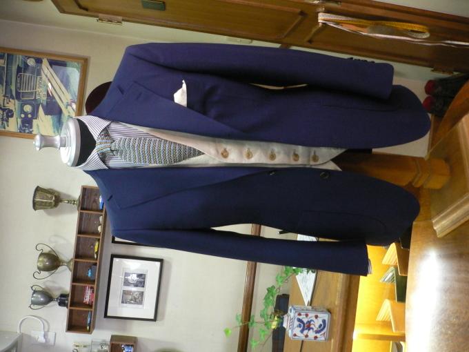 ビジネスだけでなくオン・オフ 使えるジャケットが欲しい・・・_d0060944_12452123.jpg