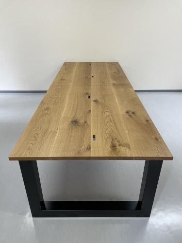 MEETING TABLE_c0146581_23381958.jpg