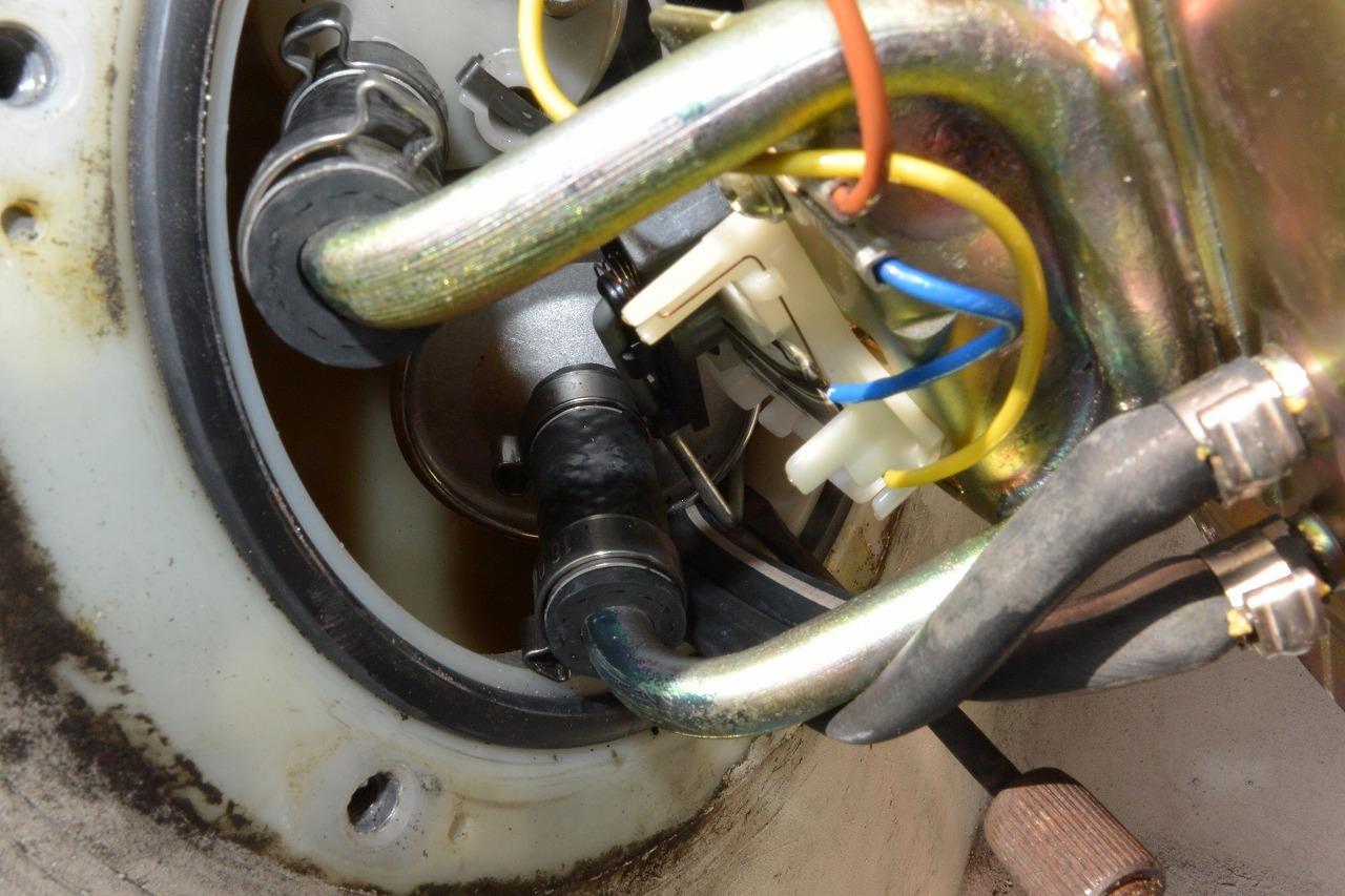 BMW R1100RSホールセンサー修理 そして・・・・・・・_a0330739_12520811.jpg