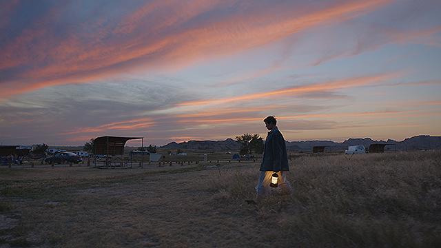 もはや楽園などない〜映画『ノマドランド』を観て_e0199046_13313024.jpg