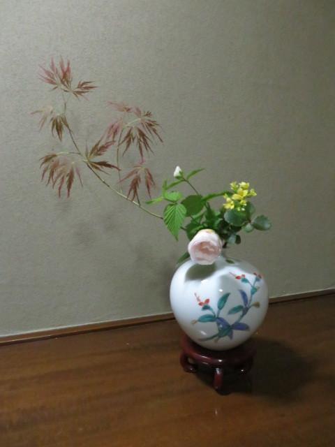 手向山(タムケヤマ)紅葉を活ける_f0329849_17040438.jpg