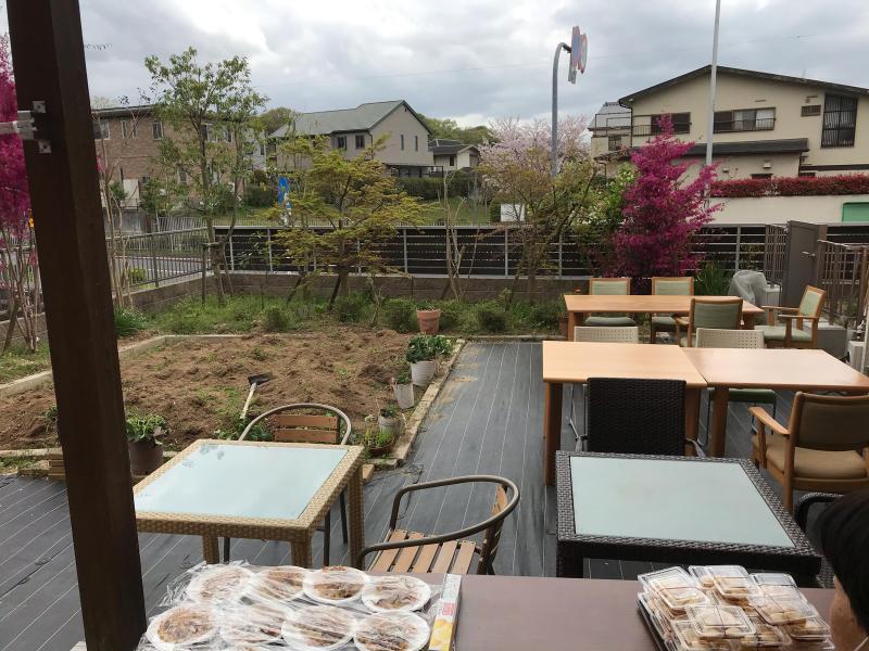 お花見会_f0376200_13511651.jpg