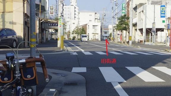 讃岐旧街道を走る(3)丸亀街道(生駒ルート)を行く(前編)_d0108509_02011982.jpg