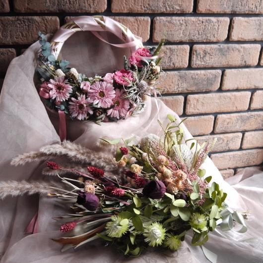 ドライフラワーの花束をブーケにご注文_a0123133_23195548.jpg