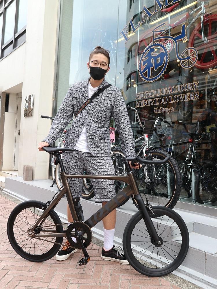 4月5日 渋谷 原宿 の自転車屋 FLAME bike前です_e0188759_15072861.jpg