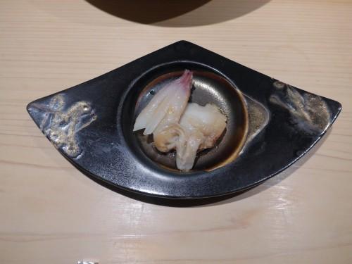 渋谷「熟成鮨 万」へ行く。_f0232060_00235618.jpg