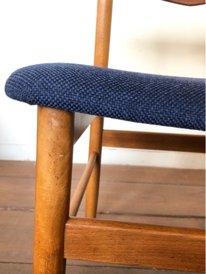 Dining chair ①_c0139773_16441947.jpg