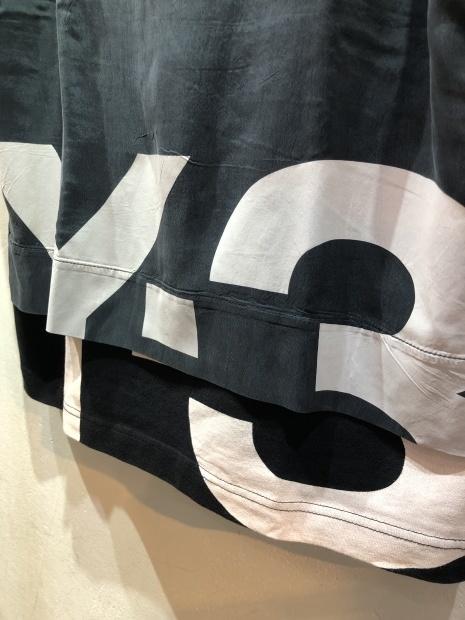 21SS「Y-3ワイスリー」新作グラフィックTシャツ2型入荷です。_c0204280_12220105.jpg