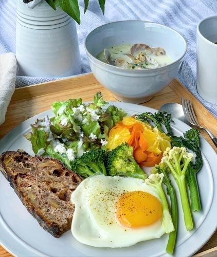 オーガニック野菜の朝食_b0145846_19165977.jpeg