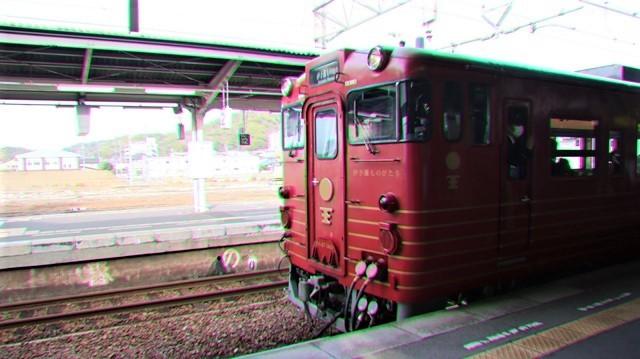 藤田八束の鉄道写真@愛媛県松山市JR四国の楽しい列車たち、松山市はかっはがあって歴史もあって面白い、そして素敵な歴史が探訪できる、食べ物がおいしい素敵な街_d0181492_18345254.jpg