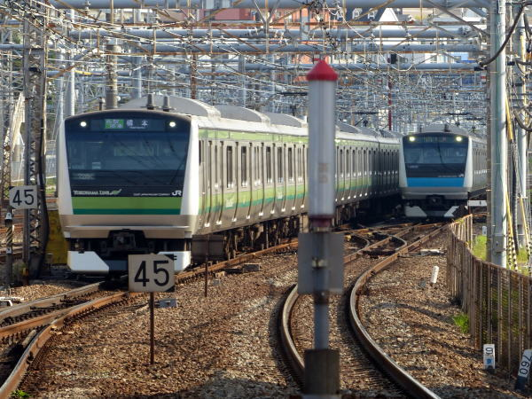 横浜駅 点描_c0111518_21481538.jpg