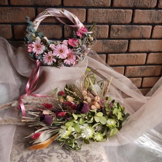 テレビ岩手・ごきげんテレビスタジオフラワーの4月15日小物交換_a0123133_00034735.jpg