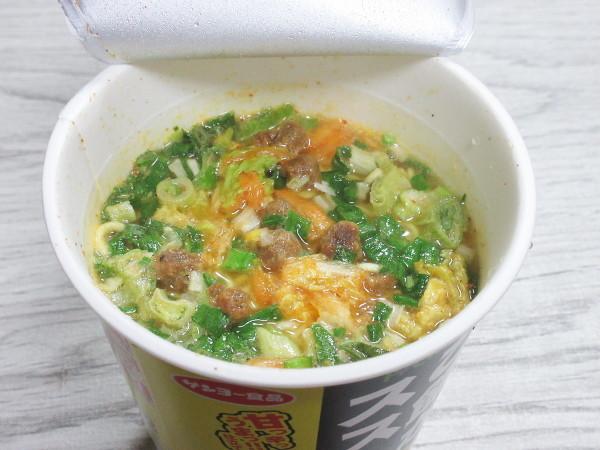 【サンヨー食品】ご飯がススム 豚キムチ味ラーメン_c0152767_21114168.jpg