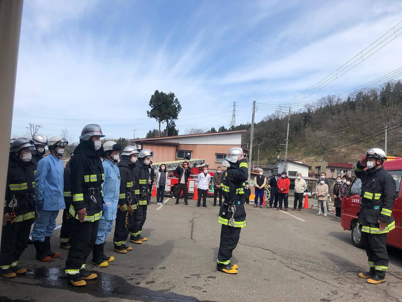 避難訓練と消防訓練_d0182179_16401685.jpg
