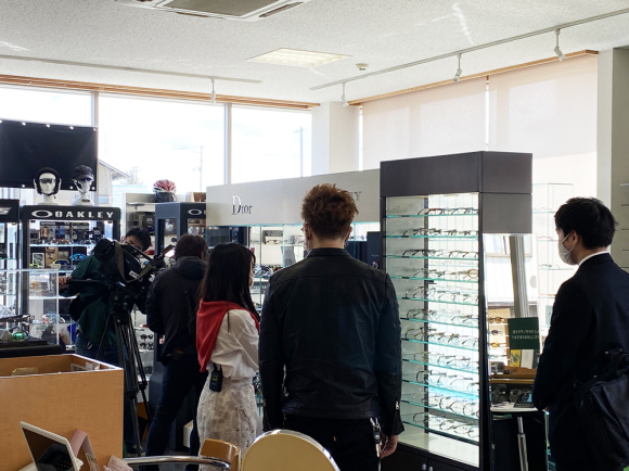 タケオ社長のDAKARA金栄堂 Youtube編 山形県内全域6チャンネルTUYテレビ番組「どよーびぽんち」に出演させて頂きます!_c0003493_08585232.jpg