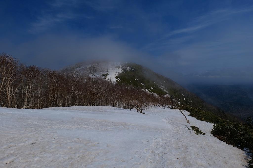 霧氷のイチャンコッペ山、2021.4.7_f0138096_21321653.jpg