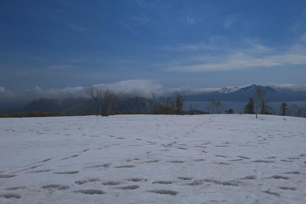 霧氷のイチャンコッペ山、2021.4.7_f0138096_21331380.jpg