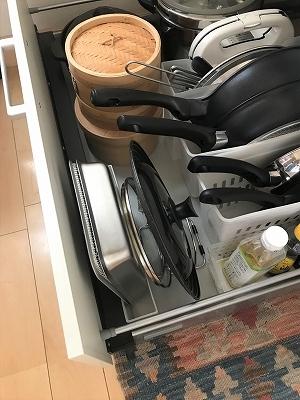 【新しいキッチン道具の収納】_b0198721_15401348.jpg