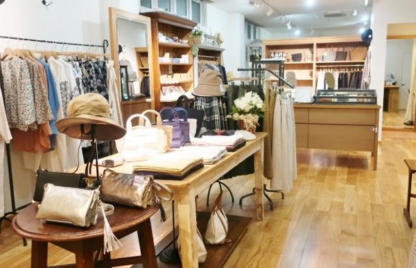 新しいアンフォルメ店明日オープンになります。_c0227633_20234516.jpg