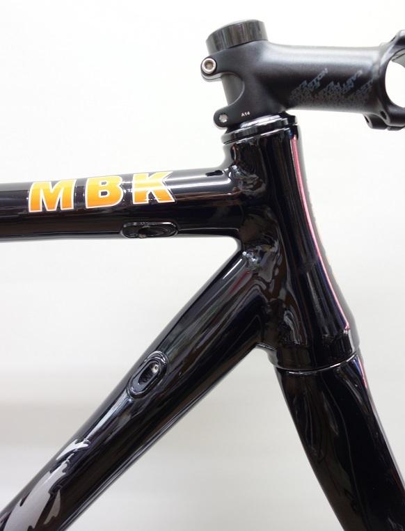 MBK アルミフレーム カーボンフォーク ブラックカラー USED 限定1本_b0225442_15591386.jpg