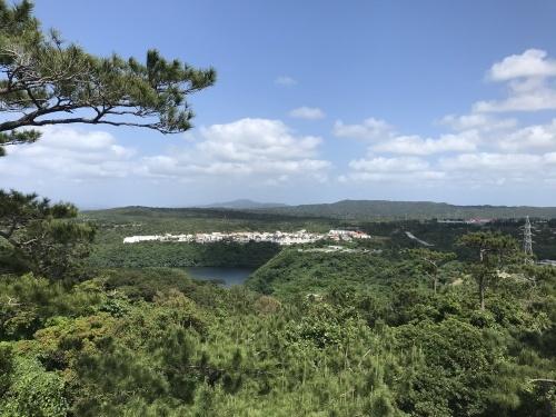 Walk around in Yomitan with my dear friend._c0153966_15270760.jpeg