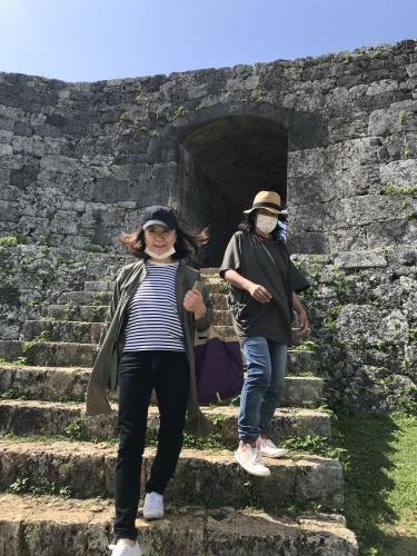 Walk around in Yomitan with my dear friend._c0153966_15273533.jpeg