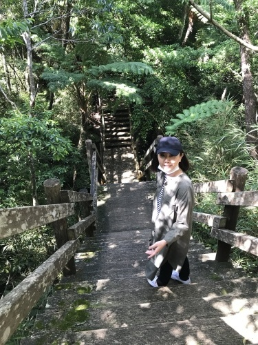 Walk around in Yomitan with my dear friend._c0153966_16253978.jpeg