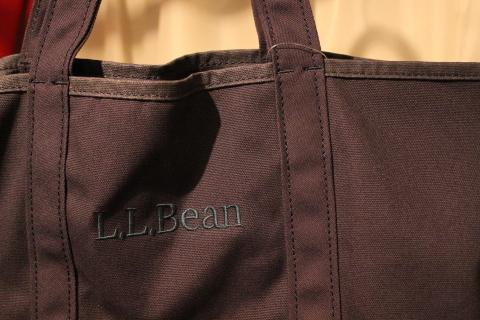 "「L.L.Bean」 日々の生活のお供に \""グローサリートート\"" 新色&再入荷のご紹介_f0191324_08073770.jpg"